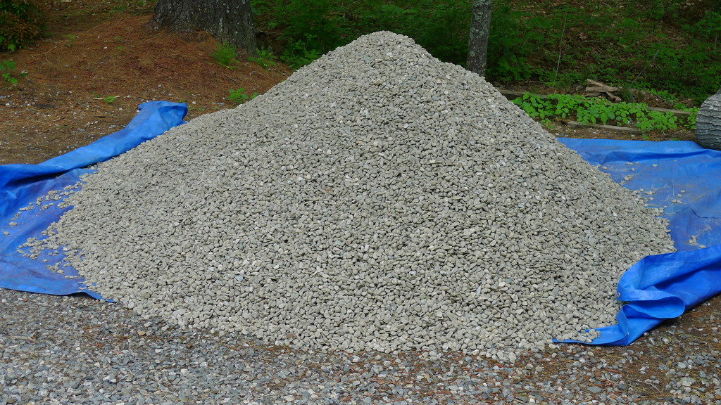 10 Ton River Rock : A stay at home dad patio